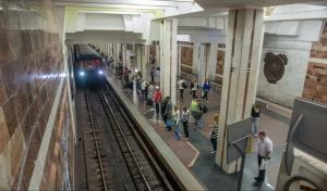 В Харьковском метрополитене введен в эксплуатацию поезд метро, созданный на КВСЗ (видео)