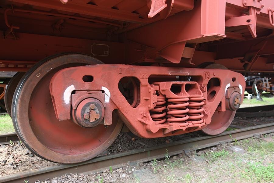 Застосовується візок двовісний модель 18-7033 тип 3